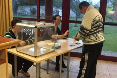 election cvs la bergerie unapei de l'Oise bureau de vote